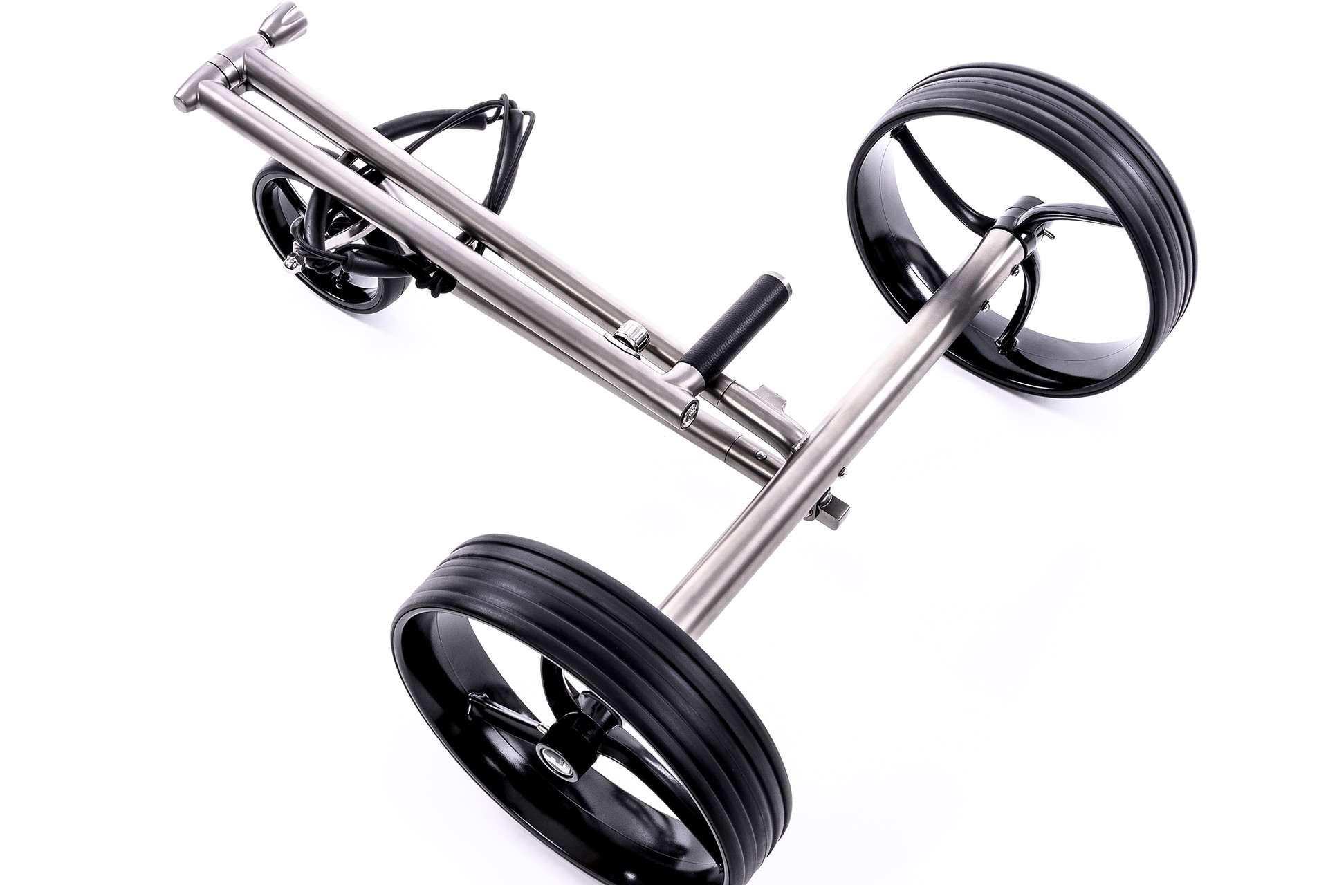 GALAXY Titan Elektro Golftrolley Klappsystem Griffstange zusammengeklappt